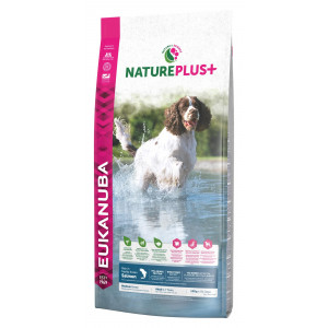 Eukanuba NaturePlus+ Adult Medium Breed Laks hundefoder
